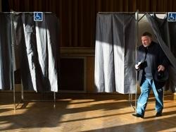 Российский политолог отметил спокойную атмосферу на выборах во Франции